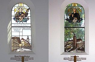Glasfenster der Stille Nacht Kapelle mit Franz Xaver Gruber und Josef Mohr © Alexander Gautsch